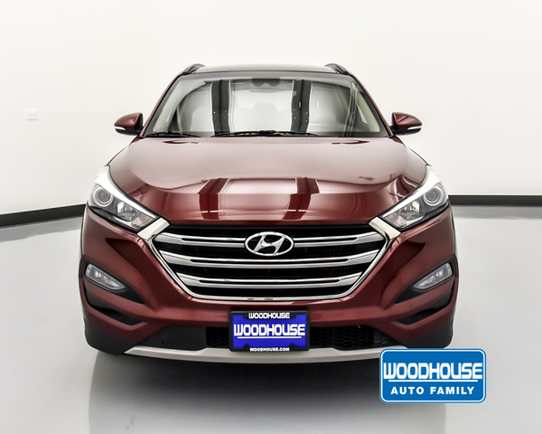 Woodhouse Hyundai Omaha >> Pre Owned 2017 Hyundai Tucson Limited Awd
