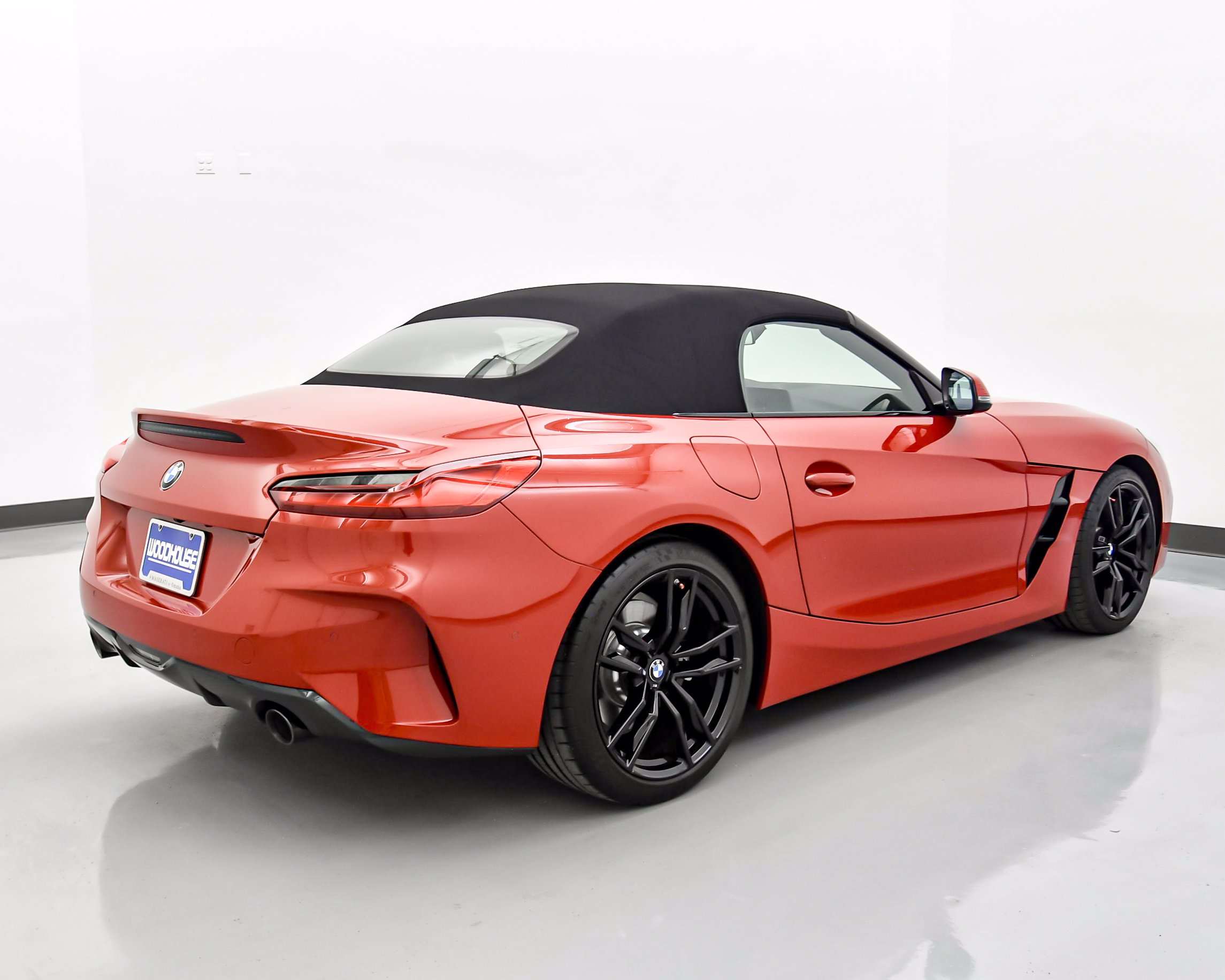 Pre-Owned 2019 BMW Z4 sDrive30i